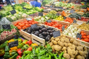 food-healthy-vegetables-potatoes-medium